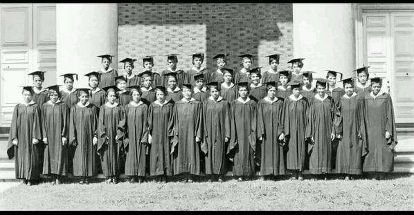 spelman college essay 2012 Spelman college's class of 2012 valedictorian deaweh benson is achieving her dream with roots in liberia, benson is the first in her family to be born in america having majored in psychology.