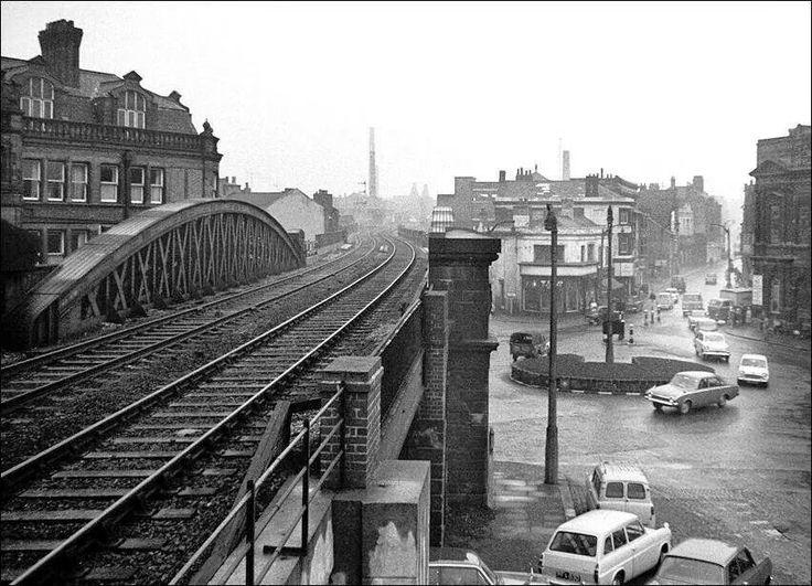 Longton station