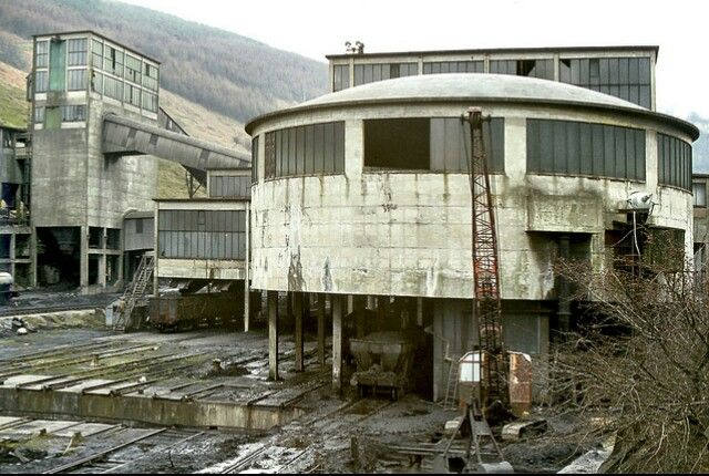 Coal mining town south wales