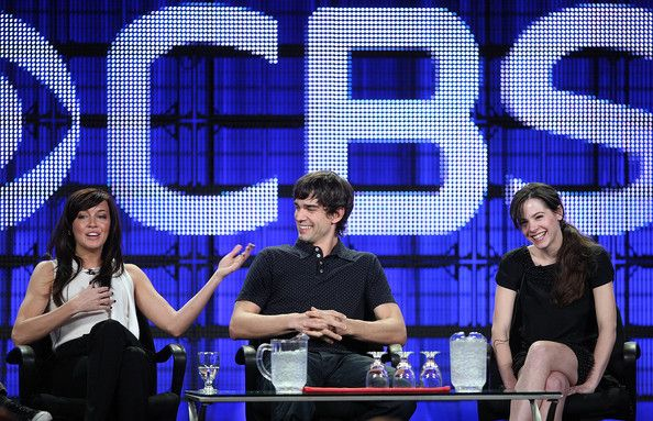 """Elaine Cassidy Photos - (L-R) Actress Katie Cassidy, actor Christopher Gorham and actress Elaine Cassidy of the television show """"Harper's Island"""" attend  the CBS & Showtime portion of the 2009 Winter Television Critics Association Press Tour at the Universal Hilton Hotel on January 14, 2009 in Los Angeles, California.  (Photo by Frederick M. Brown/Getty Images) * Local Caption * Katie Cassidy;Christopher Gorham;Elaine Cassidy - CBS & Showtime's Winter TCA Panel"""