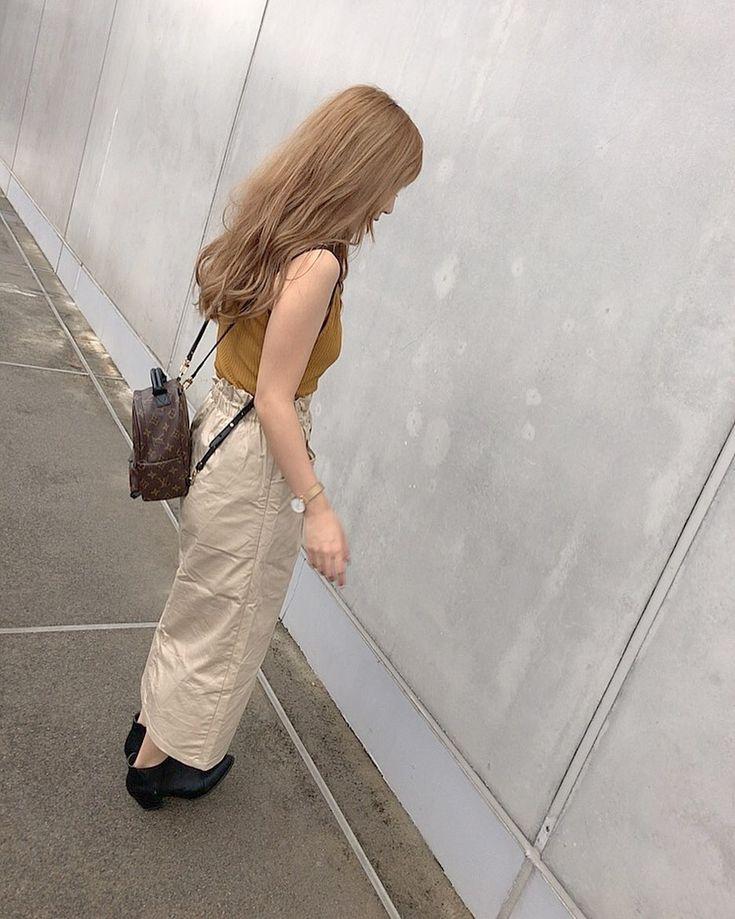 BeigeCode 💓 . tops Zara Lamey  skirt @gu_for_all_  shoes @orientaltraffic_off…