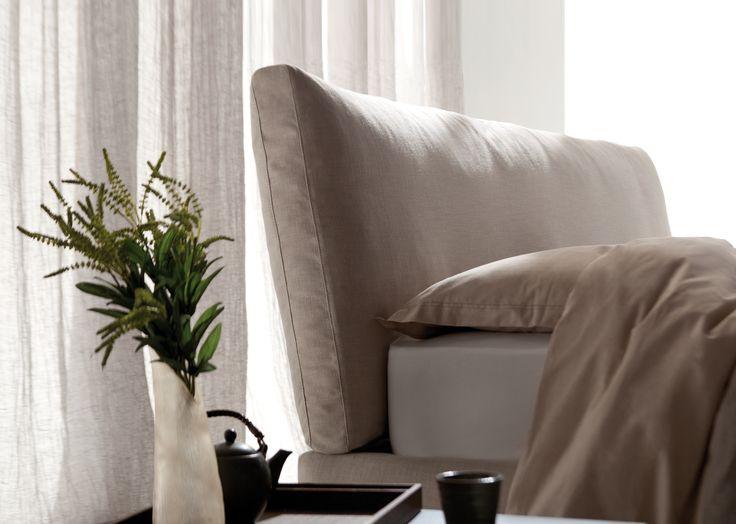 Soho upholstered bed by Berto Studio