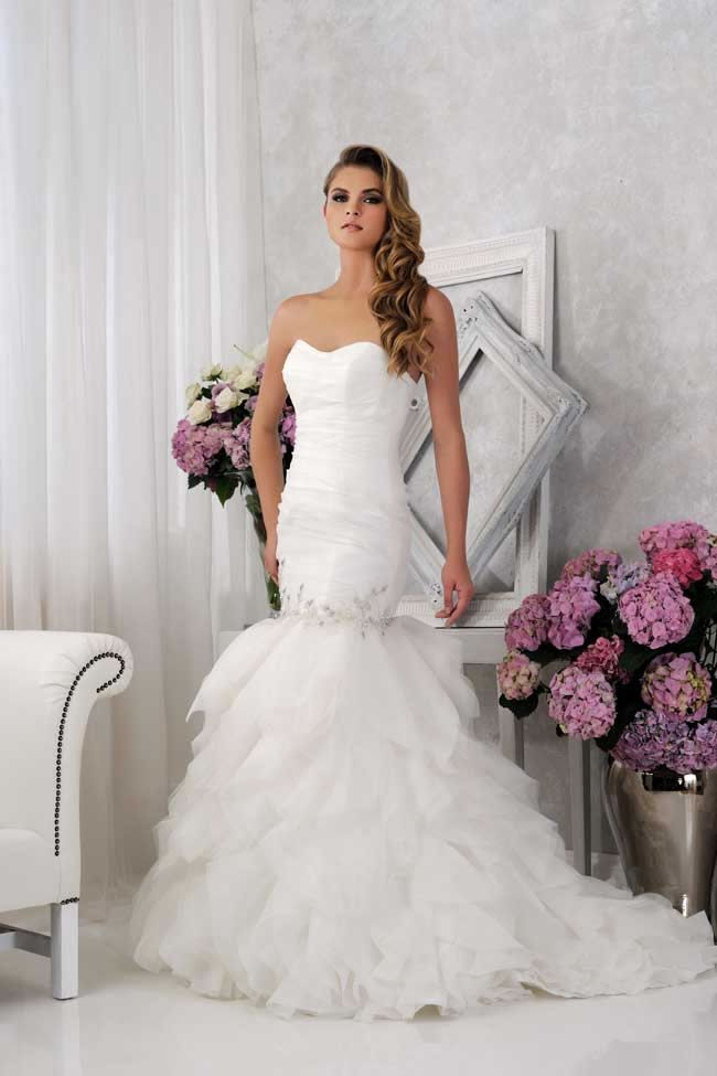 Mermaid wedding dress with opened back lace