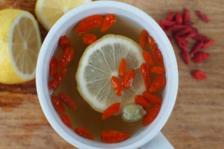 Tisana al limone e bacche di goji
