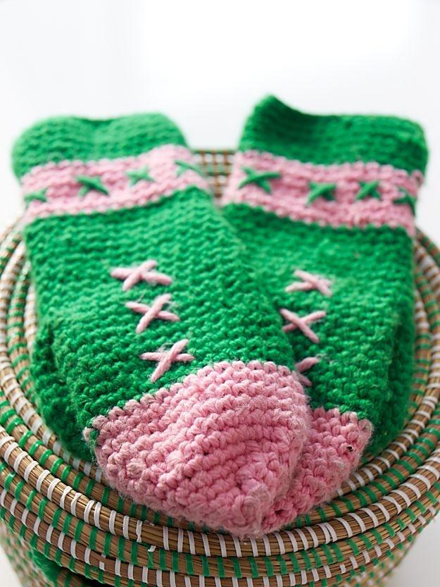 Sanna & Sania: Crochet mittens
