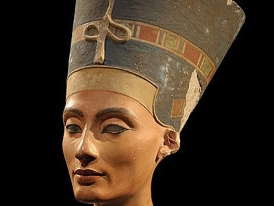 93 best images about Egyptian on Pinterest | King, Temples ... Nefertiti Artifacts
