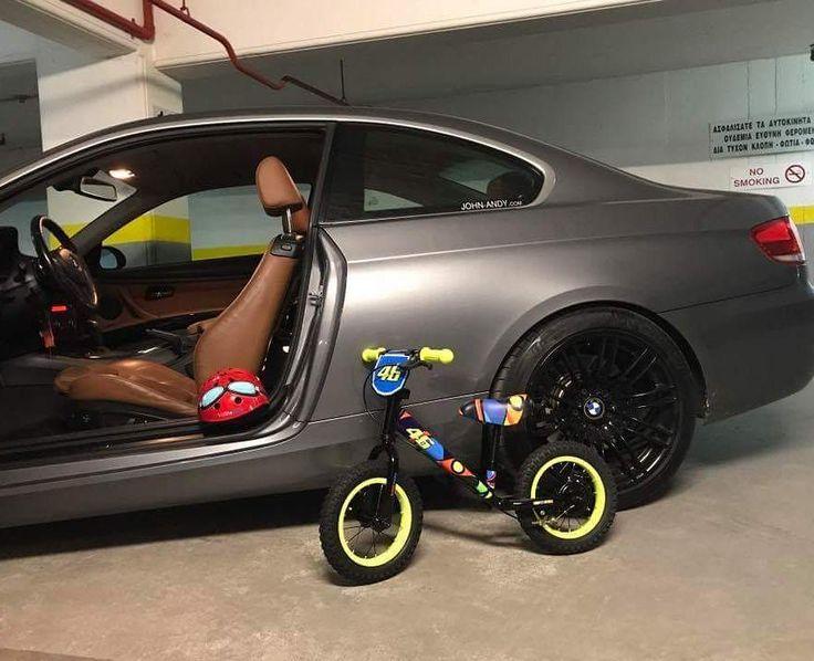 #johnandy #kiddimoto #starter #balance #bikes #helmets #valentinorossi46 #2109703888  https://www.john-andy.com/gr/kids/balance-bikes-scooters/kiddimoto/bikes-scooters.html
