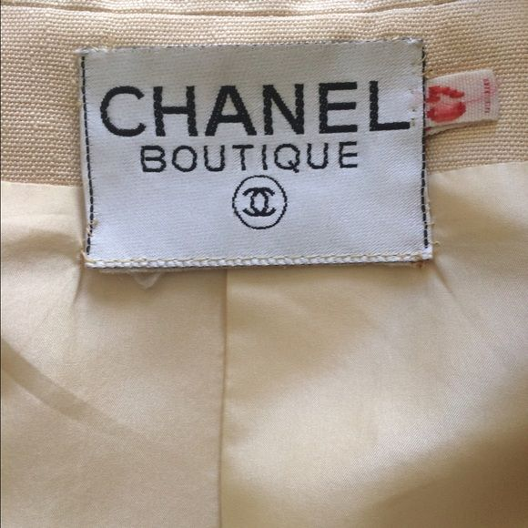 Vintage Chanel Creme Blazer Great jacket excellent condition. Size 40. CHANEL Jackets & Coats Blazers