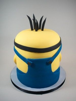 Minion cake - good back shot