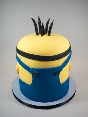 Minion cake - good back shot