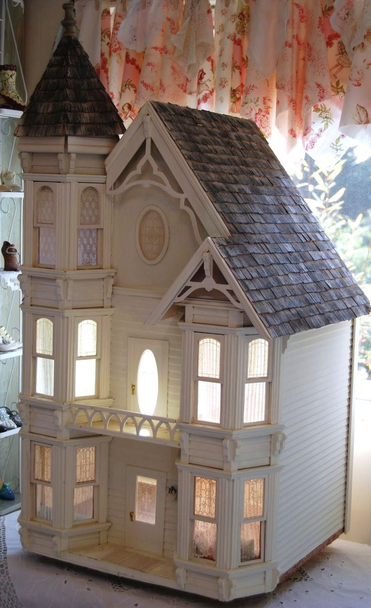 75 Best D7 Painted Lady Dollhouses Images On Pinterest Doll Houses Dollhouses And Play Houses