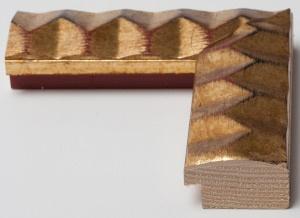 Cornice in legno in stile moderno con decorazioni a rilievo, dorata e argentata. Disponibile nell' #ecommerce