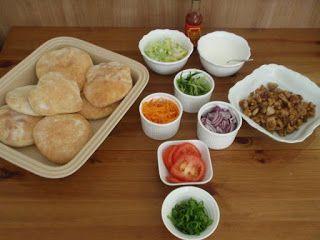Jak vařím doma: Domácí kebab v pita chlebu a jogurtovým dresinkem