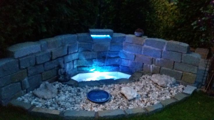 Unser Wasserfall im Garten selbst gebaut, mit Lichtspiel unter Wasser und hinter dem  ~ 07114926_Gartenteichgestaltung Wasserfall