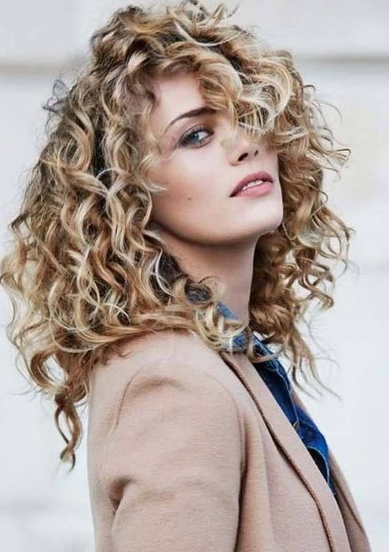 10 Cutest Long Layered Haircuts With Various Types Curly Wavy
