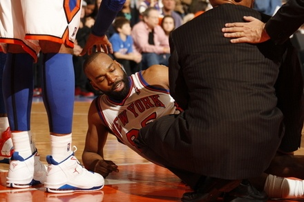 NBA: Baron Out For A Year  An MRI today revealed that New York Knicks PG Baron Davis has suffered a partial tear of the patella tendon in his right knee and complete tears of the right anterior cruciate and medial collateral ligaments. Davis is expected to undergo surgery later this week the recovery time is approximately 12 months.  keepinitrealsports.tumblr.com  keepinitrealsports.wordpress.com
