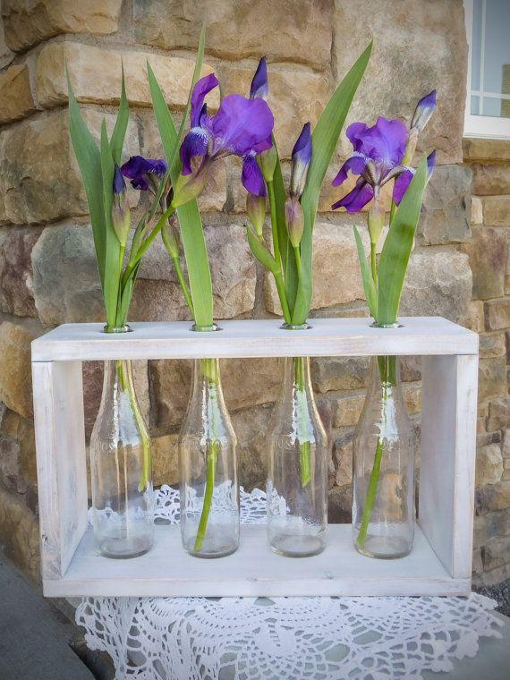 Rustico Bud Vaso centrotavola con 4 bottiglie. di StyledDecor