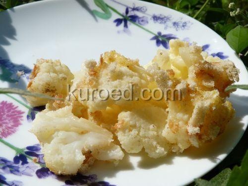 Запеканка из цветной капусты с сыром, омлетом и сухариками