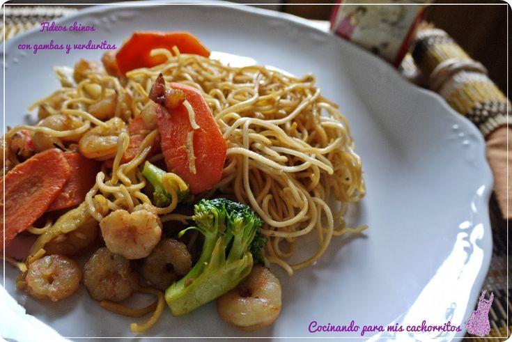 Fideos chinos con gambas y verduritas