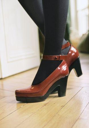 Tan block heel pumps