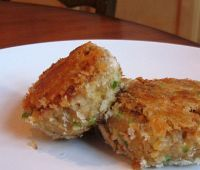 Salmon Patties with Old Bay: Salmon Patties with Old Bay