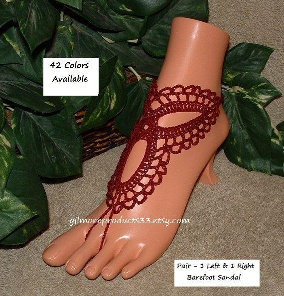 Bodas de Borgoña no estaría completas sin estas pulseras de novia del dedo del pie. Esta joyería de pie sería el sandalias de fiesta de Dama de honor perfecta. Crochet sandalias Descalzas que adornan sus pies.  Sandalias pies descalzos https://www.etsy.com/your/shops/ABarefootSandalsShop/tools/listings/section:16490265  Sandalias de Novia de playa https://www.etsy.com/your/shops/ABarefootSandalsShop/tools/listings&#x2F...