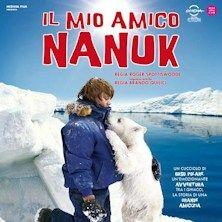 Protagonisti Luke, ragazzo di 14 anni e Nanuk, un cucciolo di orso. Il giovane Luke sfiderà i pericolosi elementi naturali per riportare alla madre il piccolo orso. Lo aiuta Muktuk, guida Inuit che conosce quell'ambiente ostile. Nel rischioso viaggio fino all'estremo nord, una tempesta e il crollo di giganteschi ammassi di ghiaccio separano Muktuk da Luke e il cucciolo. Alla fine Luke, in un percorso che lo vedrà prendere decisioni difficili, riuscirà a riportare a mamma orsa il suo…