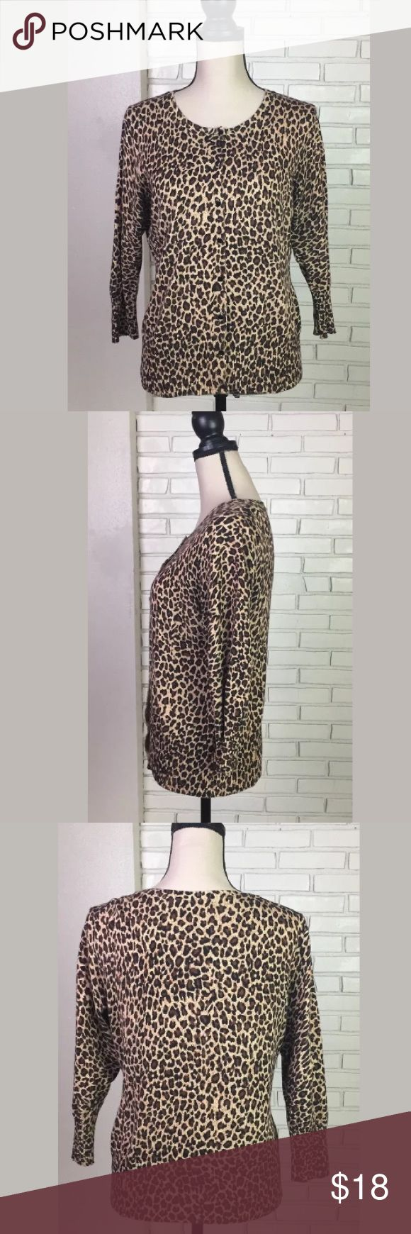 "Animal Print Cardigan 3/4 Sleeve Sweater Size LG Debbie Morgan, Cardigan/Sweater, Button Front, 3/4 Sleeve, Animal Print, Size: Large. Pre-owned with no flaws. Please refer to photos. Armpit to Armpit: 19"". Length: 22"". Debbie Morgan Sweaters Cardigans"
