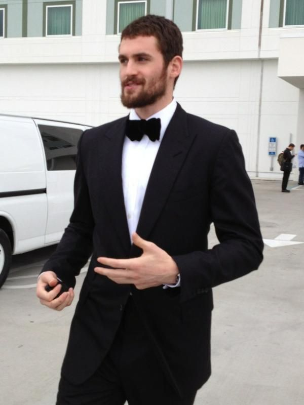 "Kevin Love is the best.    Via BuzzFeed: ""Kevin Love's tuxedo. We love this. Love this. Love this."""