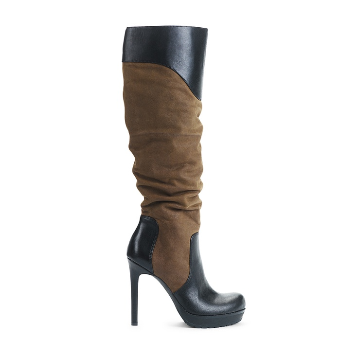 I love this pair. I don't think I should carry my son around in them, so I will have to wait.: Vaness Army, Army Brown, Jessica Simpsons Boots, Boots Heels, Haute Heels, Brown High Heels, Boogie Shoes, Nice Boots, Shoes Shoes