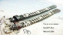 Mode persoonlijkheid lederen populaire klinknagel mannelijke vrouwen armband strap verjaardagscadeau gratis verzending(China (Mainland))