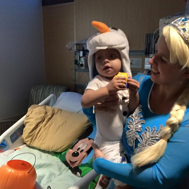 Olaf and Elsa, Mother Son Costumes