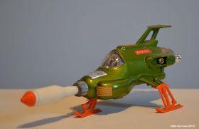 MOONBASE CENTRAL: Dinky UFO Interceptor