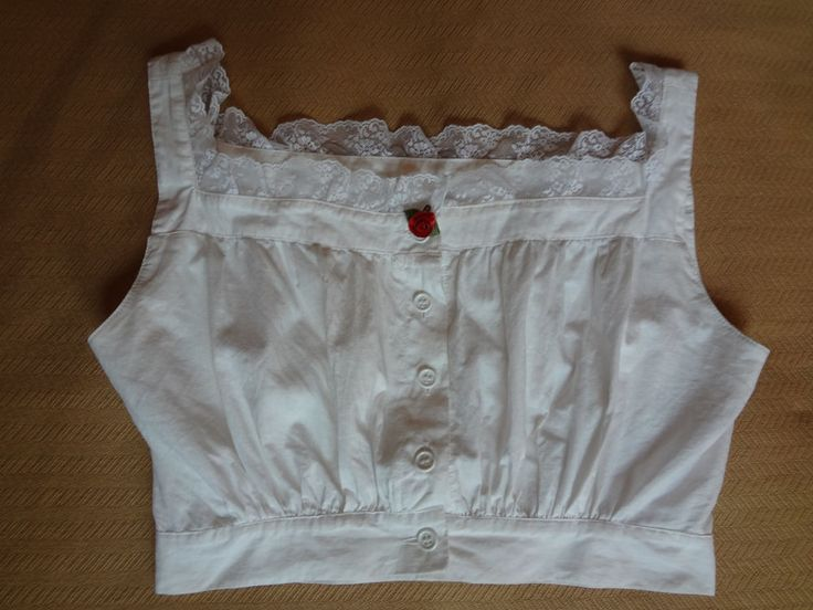 Early 90s Vintage Betsey Johnson White Cropped Top With Lace Trim & Rose Size P #BetseyJohnson #WhiteCropTop
