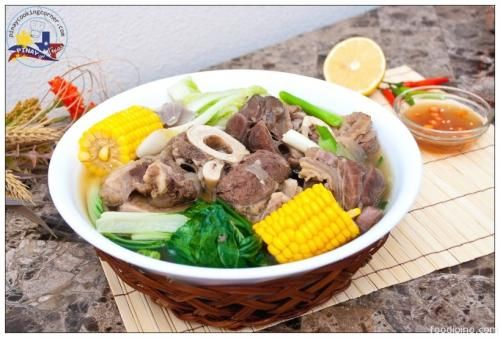 Bulalo (Beef Shanks with Bone Marrow Soup)