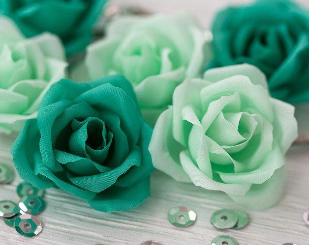 Roses de cheveux de mariage, mariage vert, #greenery, épingles à cheveux super tendance pour donner une touche fraîche à votre tenue