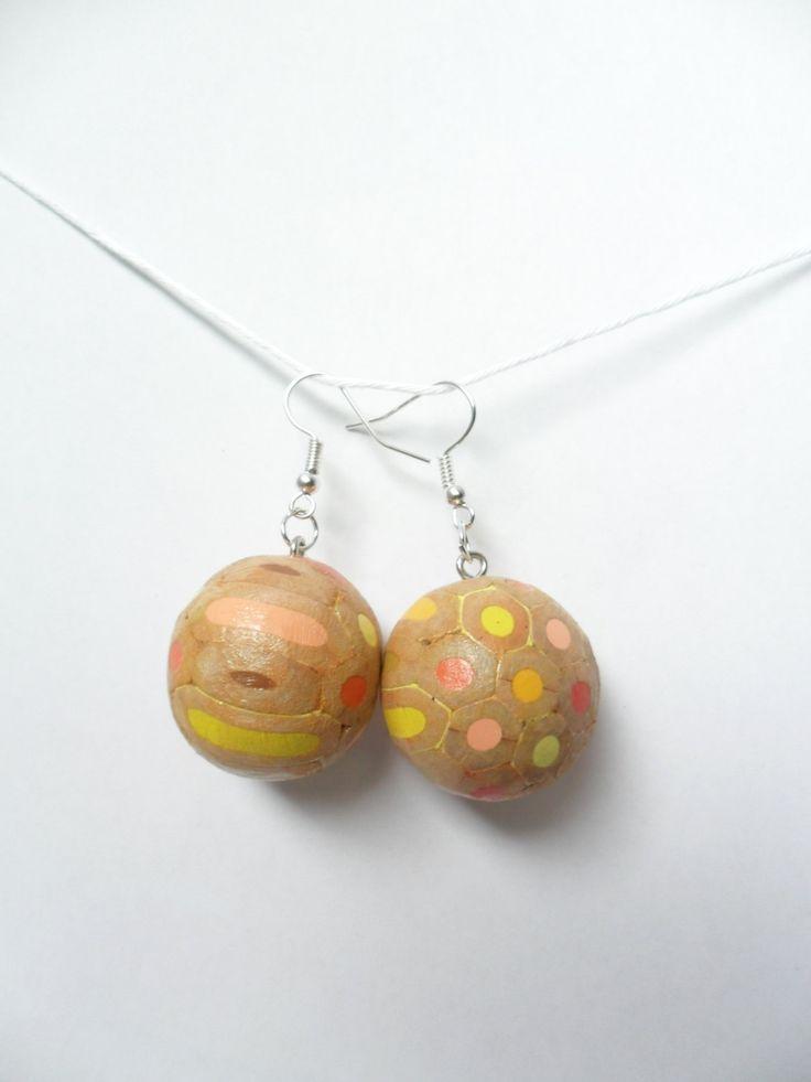 Orecchini pendenti chandelier a pallina con matite colorate pastelli legno argento di BluanneColorWood su Etsy #bluannecolorwood #coloredpencil #pastels #wood #diy #earrings