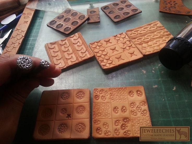 Jeweleeches Vivian Hebing: handgemaakte stempels van een oude spijker om leer mee te bewerken! Hoe gaaf! Ook voor workshops leerbewerking omgeving Eindhoven! www.jeweleeches.nl