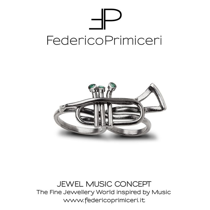 Two-finer ring designed and handcrafted by Federico Primiceri, Italian fine jewellery designer and goldsmith with a unique brand philosophy: JEWEL MUSIC CONCEPT. This amazing sterling silver trumpet-shaped two finger ring was realized for Giancarlo Dell'Anna, Italian trumpet player. Discover more on www.federicoprimiceri.it