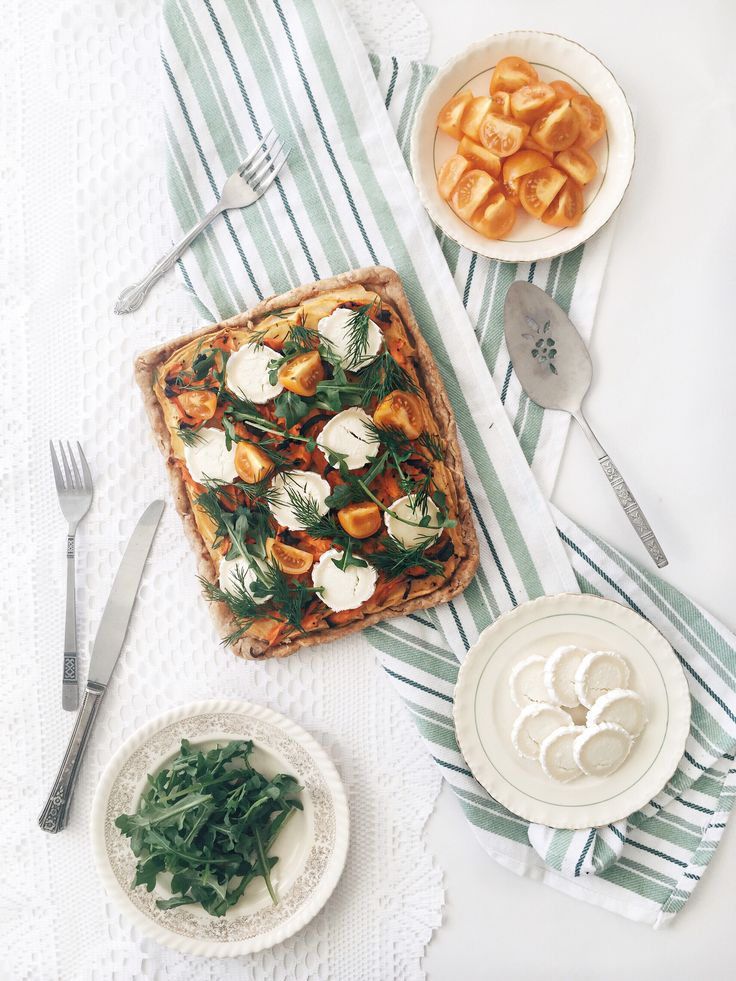tarte-salee-rustique-legume-tomate-chevre