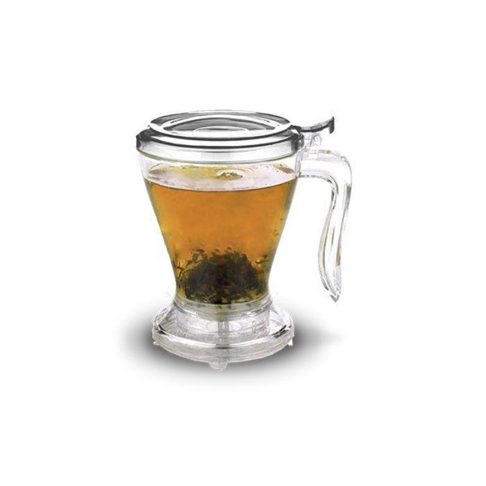 El Tea Maker  produce una infisión rica, robusta y aromática increíble sin amargura !  La diferencia es nuestro nuevo sistema de filtrado. En lugar de empujar las hojas de la parte inferior de la jarra infusora , las hojas se asientan de forma natural.Cuando la infusión  se ha completado, el Té se dispensa a través de nuestro sistema de filtración por gravedad patentado que crea Té rico y sabroso. Aptas para el lavavajillas!  BPA libre