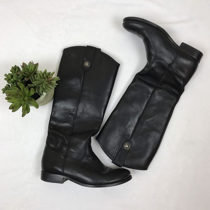 Gorgeous Frye leather riding boots! Classic style, in excellent condition! Has only been worn a few times, some creases but sole is in fantastic condition. Supple leather which gets better with age. | eBay!