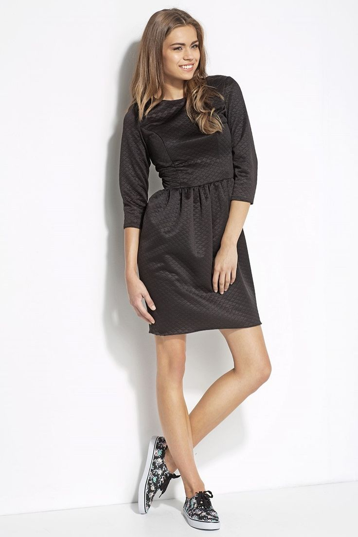 http://prestige24.sky-shop.pl/Pikowana-sukienka-czarny-AL19,p,1116
