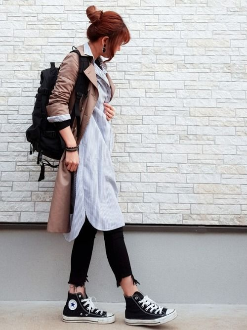 シャツワンピ×トレンチ。 裾のダメージがかわいいスキニー合わせです。 中に着たロンTは昨日の色違いの
