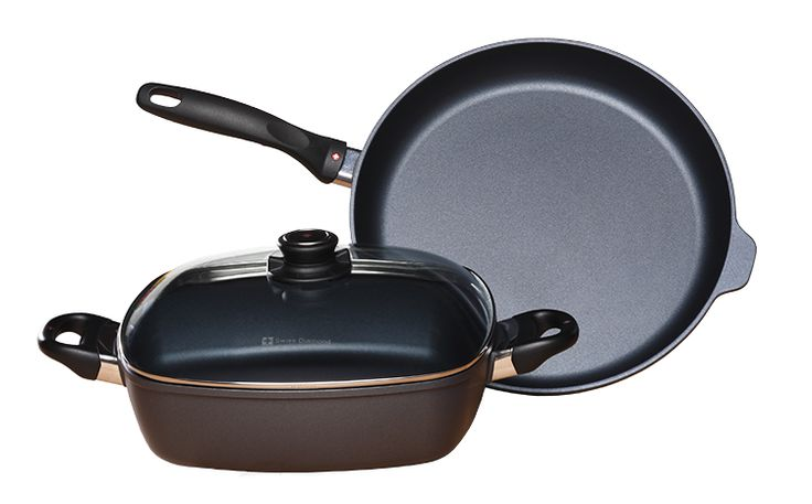 Swiss Diamond 3 Piece Fry Pan and Square Casserole Pan Giveaway