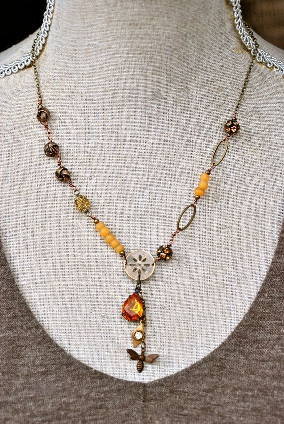 Pollen. glass beaded, rhinestone, bee, topaz, lariat, charm necklace. Tiedupmemories