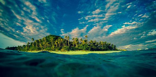 Emerging from the water, Matamanoa Fiji [Explored]