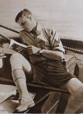 Royal-Lover-young Prince Philip, looks like Prince William a little bit.