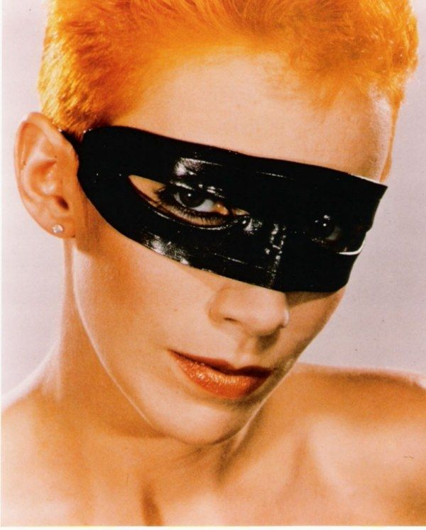 Annie Lennox Legend In My Living Room: 66 Best Images About Annie Lennox On Pinterest