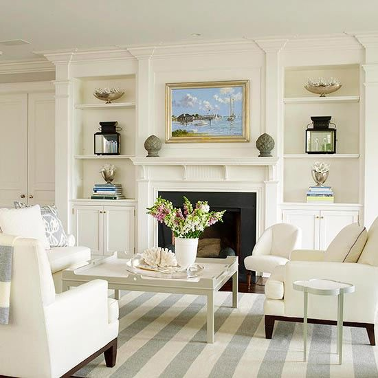 Love the freshness of this room, and the built-ins around the #fireplace. From Better Homes and Gardens.: